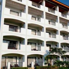 Отель Pinnacle Grand Jomtien Resort парковка