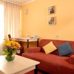 Гостиница 7 Дней Каменец-Подольский комната для гостей фото 3