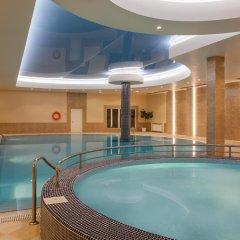Отель Grand Resort Jermuk Армения, Джермук - 2 отзыва об отеле, цены и фото номеров - забронировать отель Grand Resort Jermuk онлайн бассейн фото 3