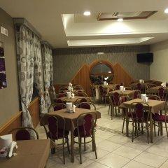 Hotel Smeraldo Куальяно питание