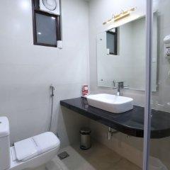Отель Surya International Индия, Нью-Дели - отзывы, цены и фото номеров - забронировать отель Surya International онлайн ванная