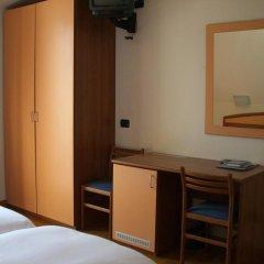 Hotel Lario Меззегра удобства в номере
