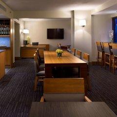 Отель Hyatt Regency Vancouver Канада, Ванкувер - 2 отзыва об отеле, цены и фото номеров - забронировать отель Hyatt Regency Vancouver онлайн питание