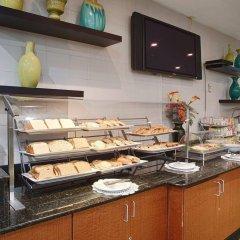 Отель Best Western Atlantic Beach Resort США, Майами-Бич - - забронировать отель Best Western Atlantic Beach Resort, цены и фото номеров питание фото 2