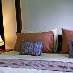 Отель 24 Samsen Heritage House Бангкок комната для гостей фото 5