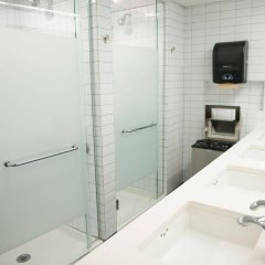 Отель West Side YMCA ванная