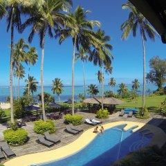 Отель Crusoe's Retreat Фиджи, Вити-Леву - отзывы, цены и фото номеров - забронировать отель Crusoe's Retreat онлайн бассейн
