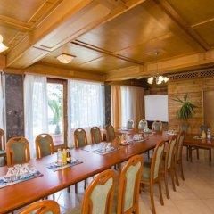 Отель Majerik Hotel Венгрия, Хевиз - 2 отзыва об отеле, цены и фото номеров - забронировать отель Majerik Hotel онлайн помещение для мероприятий фото 2