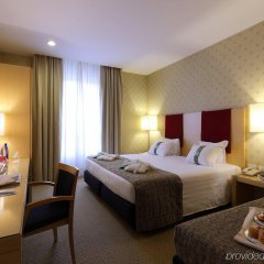 Отель Holiday Inn Milan - Garibaldi Station комната для гостей фото 2