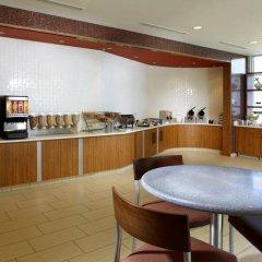 Отель SpringHill Suites by Marriott Columbus OSU питание