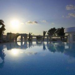 Отель Thalassa Seaside Resort бассейн