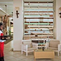 Отель Victoria Beachcomber Resort & Spa питание фото 4
