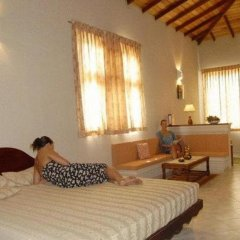 Отель Oasey Beach Resort Шри-Ланка, Бентота - отзывы, цены и фото номеров - забронировать отель Oasey Beach Resort онлайн комната для гостей