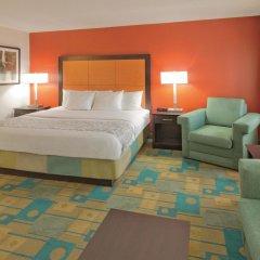 Отель La Quinta Inn & Suites Meridian комната для гостей фото 5