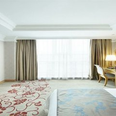 Отель South China Harbour View Шэньчжэнь комната для гостей фото 3