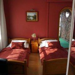 Hotel Staropolska Рава-Русская комната для гостей фото 3