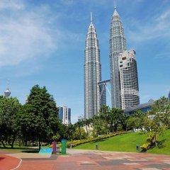 Отель Kl Bukit Bintang Suites At Times Square Малайзия, Куала-Лумпур - отзывы, цены и фото номеров - забронировать отель Kl Bukit Bintang Suites At Times Square онлайн спортивное сооружение