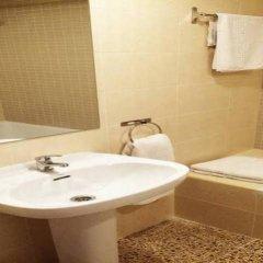 Отель Magalluf Playa - Adults Only Испания, Магалуф - отзывы, цены и фото номеров - забронировать отель Magalluf Playa - Adults Only онлайн ванная фото 2
