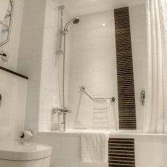 Отель Holiday Inn Glasgow City Centre Theatreland ванная фото 2