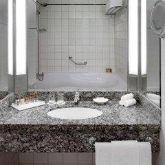 Отель Sheraton Jumeirah Beach Resort ОАЭ, Дубай - 3 отзыва об отеле, цены и фото номеров - забронировать отель Sheraton Jumeirah Beach Resort онлайн ванная фото 2