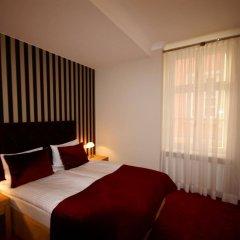 Отель Kolegiacki Польша, Познань - отзывы, цены и фото номеров - забронировать отель Kolegiacki онлайн комната для гостей фото 5