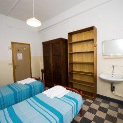 Отель Хостел Domus Civica Италия, Венеция - 3 отзыва об отеле, цены и фото номеров - забронировать отель Хостел Domus Civica онлайн комната для гостей фото 5