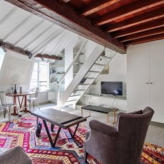 Апартаменты Elegant Studio - Mezzanine - St Germain des Pres Париж комната для гостей
