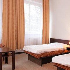 Hotel Merkur - Jablonec Nad Nisou Яблонец-над-Нисой комната для гостей