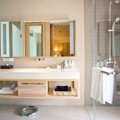 Отель Holiday Inn Resort Phuket Mai Khao Beach ванная фото 2