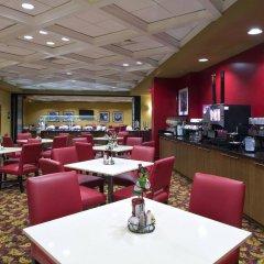 Отель Embassy Suites Columbus-Airport Колумбус питание фото 2