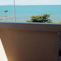 Отель Wilai Guesthouse пляж