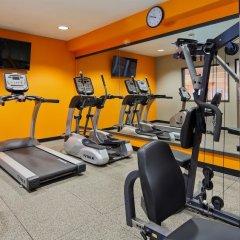 Отель Best Western Plus Cascade Inn & Suites фитнесс-зал фото 3