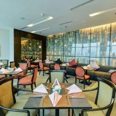 Отель Windsor Suites And Convention Бангкок гостиничный бар