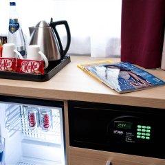 Отель Jurys Inn Glasgow сейф в номере