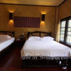 Отель Relax Bay Resort Ланта сейф в номере