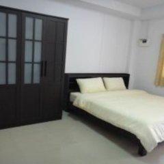 Отель Nichapat Place комната для гостей фото 2