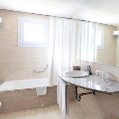 Отель Prestige Victoria Hotel Испания, Курорт Росес - 1 отзыв об отеле, цены и фото номеров - забронировать отель Prestige Victoria Hotel онлайн ванная