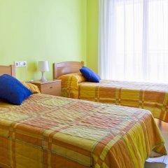 Отель RVhotels Apartamentos Ses Illes Испания, Бланес - отзывы, цены и фото номеров - забронировать отель RVhotels Apartamentos Ses Illes онлайн комната для гостей фото 4