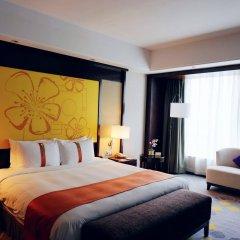 Отель Holiday Inn Shifu Гуанчжоу комната для гостей фото 4