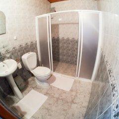 Отель Ali Baba's Guesthouse ванная