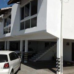 Отель F2 Manureva Moana Apartment 1 Французская Полинезия, Фааа - отзывы, цены и фото номеров - забронировать отель F2 Manureva Moana Apartment 1 онлайн парковка