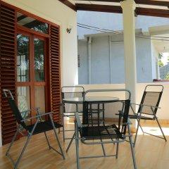 Отель Suramya Villa Шри-Ланка, Галле - отзывы, цены и фото номеров - забронировать отель Suramya Villa онлайн балкон