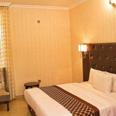 Отель Lakeem Suites - Agboyin Surulere комната для гостей фото 3