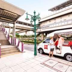 Отель Ibis Bangkok Riverside городской автобус
