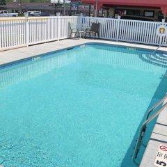 Отель Budget Host Inn Niagara Falls США, Ниагара-Фолс - отзывы, цены и фото номеров - забронировать отель Budget Host Inn Niagara Falls онлайн бассейн
