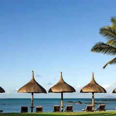 Отель LUX* Grand Gaube пляж