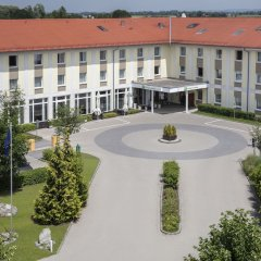 Отель Holiday Inn Express Munich Airport Германия, Мюнхен - отзывы, цены и фото номеров - забронировать отель Holiday Inn Express Munich Airport онлайн фото 2