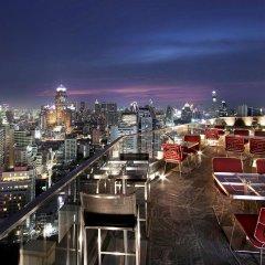 Отель Sofitel Sukhumvit Бангкок балкон