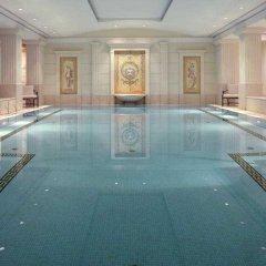 Отель Adlon Kempinski бассейн