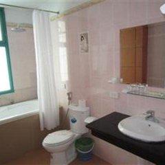 Отель Atlantic Tuan Chau Hotel Вьетнам, Халонг - отзывы, цены и фото номеров - забронировать отель Atlantic Tuan Chau Hotel онлайн ванная